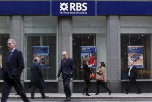 BRITAIN-BANKING-EXECUTIVE-PAY-BONUS-COMPANY-RBS